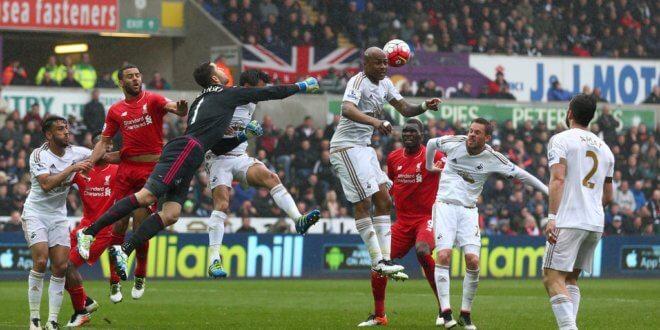 «Ливерпуль» минимально проиграл «Суонси» вматче чемпионата Британии