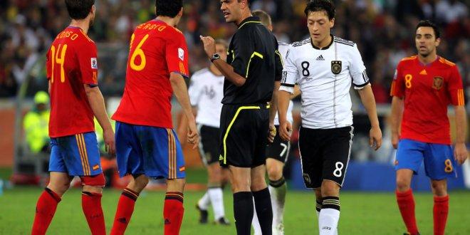 Прогноз футбол германия испания [PUNIQRANDLINE-(au-dating-names.txt) 50